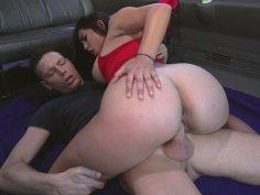 Julz Gotti shakes her big ass on the hard cock