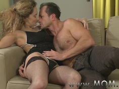 MOM horny housewife is in the mood for fucking