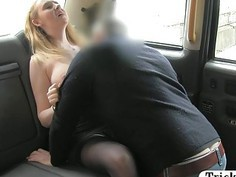 Big natural tits babe fucked by a driver to off her fare