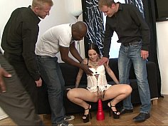 Tatted-up brunette gets ready for a gang-bang