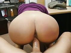 Big boobs babe screwed by pawn keeper
