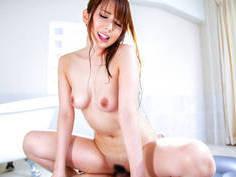 Superb Asian beauty offers a complete massage