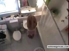 spying my 19 years old niece in our Bathroom